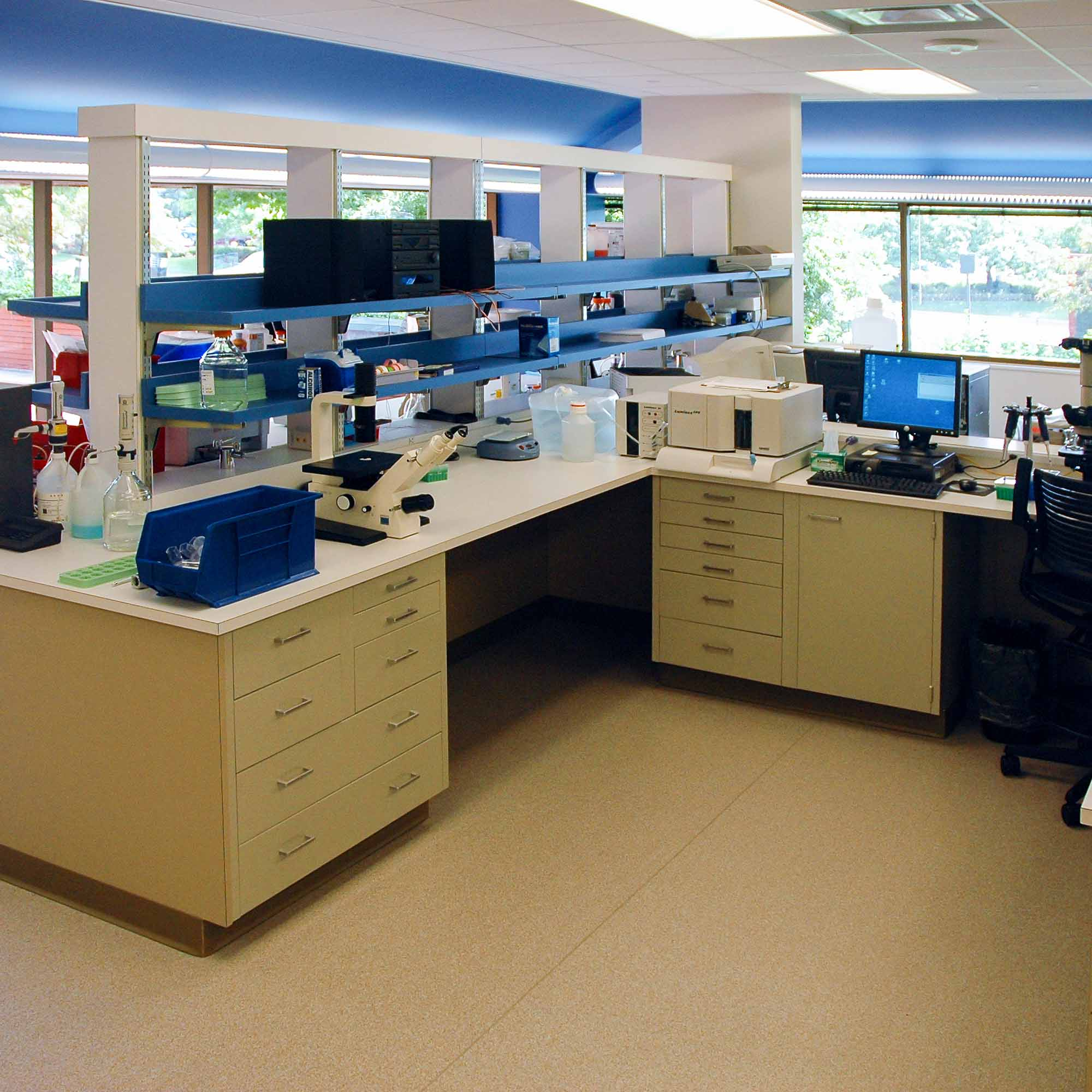 Laboratory Design at Aastrom Biosciences